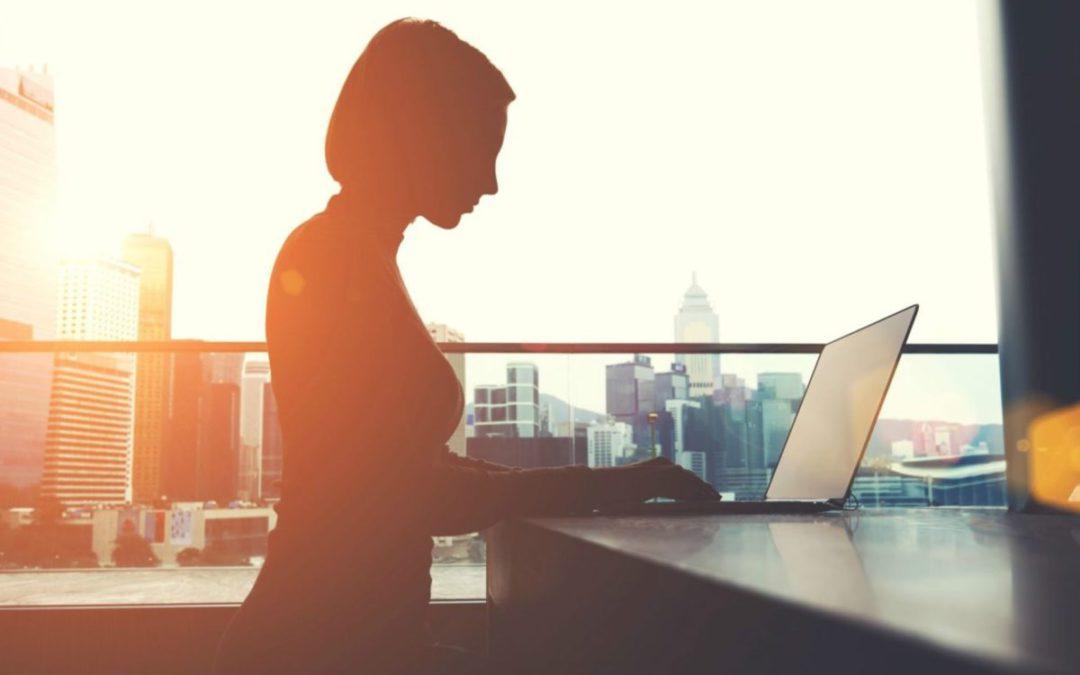 COVID-19 vetëm sa i shtoi sfidat në punësimin e grave