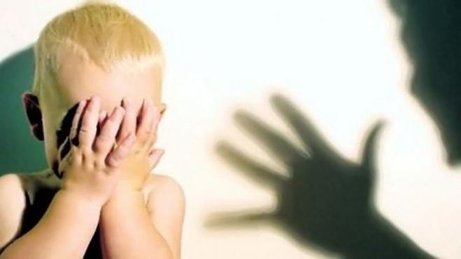 Dhuna ndaj fëmijëve kryesisht mbetet e padenoncuar, brenda mureve familjare