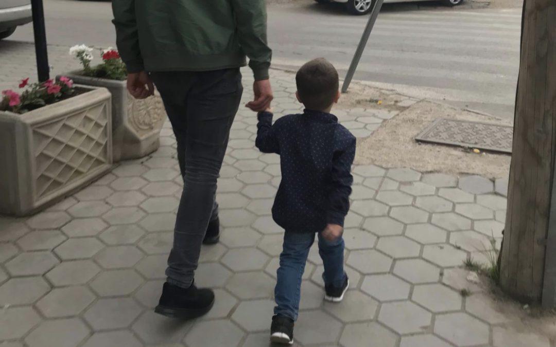 Braktisja e fëmijëve në rënie, interesimi për adoptime në rritje