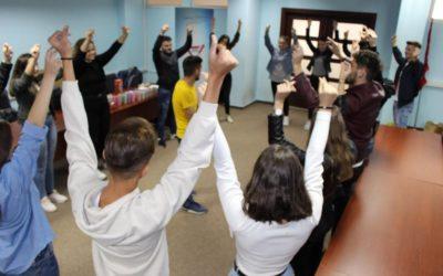Kapërcimi i mendësisë se i vetmi aktivitetet jashtëshkollor mbetet kafeneja